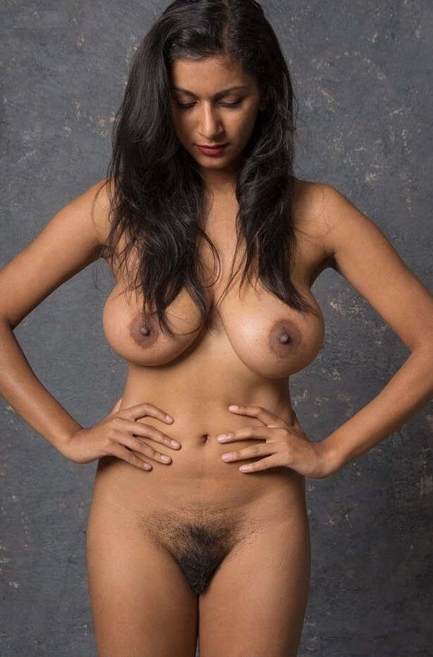 Naked egyptian girl breast picture